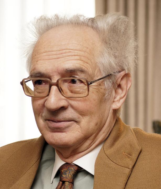 Andrés Amorós, crítico literario