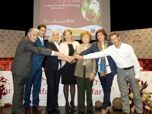 Los firmantes del Protocolo, en la Jornada de AMFAR durante la Jornada del Día Mundial de la Mujer Rural