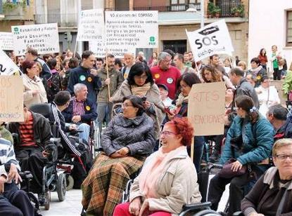 Manifestación del CERMI CV en Castellón contra el copago
