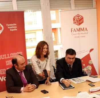 Javier Font y Santiago Moreno, presidente de Famma y director general de Fundación Vodafone España