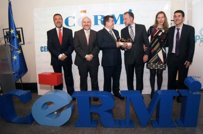 La Escuela Universitaria de Fisioterapia de la ONCE recibe el Premio Cermi.es a la inclusión laboral