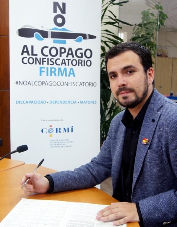 Alberto Garzón se suma a la campaña del CERMI contra el copago confiscatorio