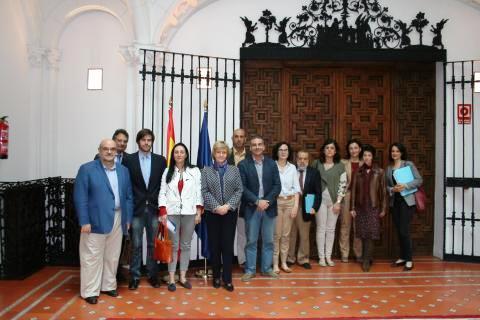 Entidades y plataformas ciudadanas piden a la Defensora del Pueblo que recurra la Ley de Seguridad Ciudadana ante el Tribunal Constitucional