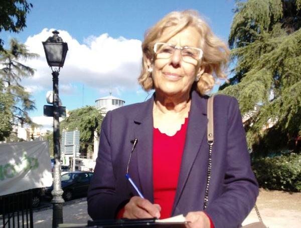 La candidata de Ahora Madrid a la Alcaldía de la capital se suma a la campaña del CERMI contra el copago confiscatorio