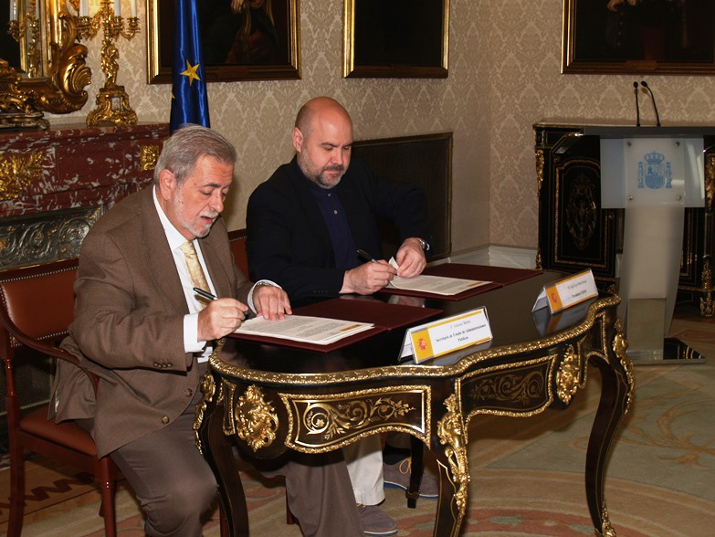 El CERMI firma un convenio con el Ministerio de Hacienda y Administraciones Públicas para eliminar cargas administrativas a las personas con discapacidad