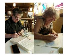 Los editores Charo Fierro y Antonio huerga firman la ILP contra el copago en dependencia