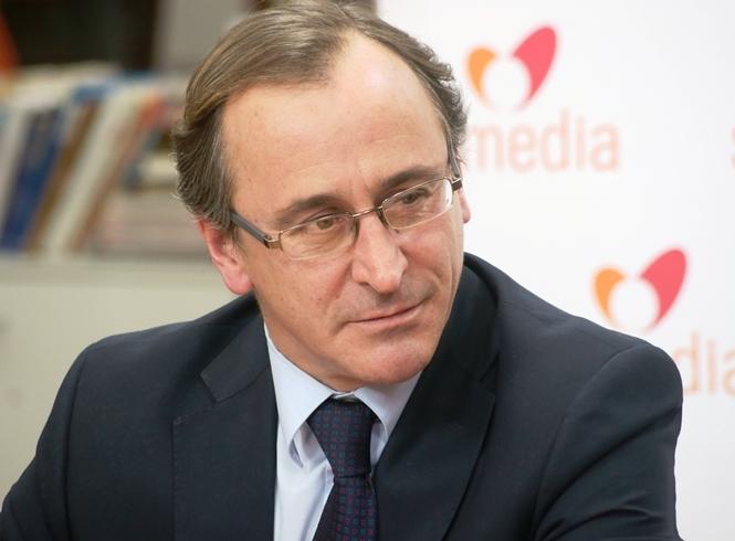 Alonso, en profundo desacuerdo con la sentencia del Supremo sobre ONG