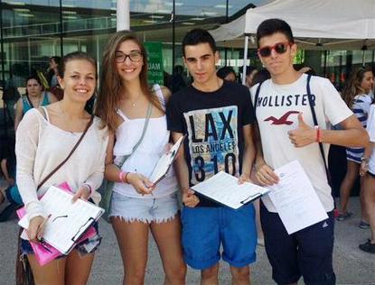Los campus universitarios madrileños apoyan masivamente la ILP contra el copago