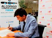 El nuevo rector de la Universidad Complutense se suma a la ILP contra el copago en dependencia