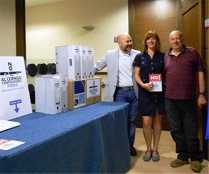 FEAPS entrega a CERMI 78.000 firmas de apoyo a la ILP contra el copago en dependencia