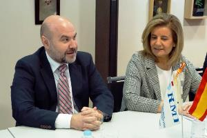 Reunión del CERMI con la ministra de Empleo y Seguridad Social, Fátima Báñez