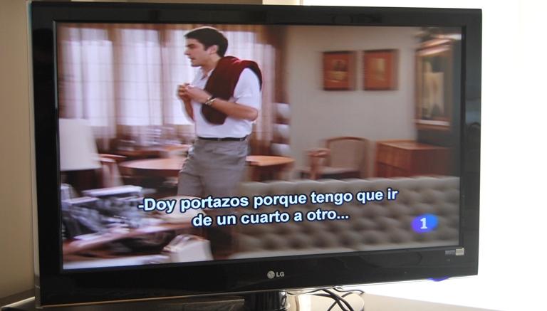 Programa de televisión con subtitulado
