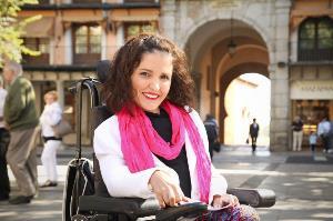 Virginia Felipe, senadora de Podemos con discapacidad