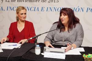 Cristina Cifuentes, presidenta de la Comunidad de Madrid junto a Mayte Gallego, presidenta de CERMI Comunidad de Madrid