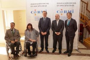 Foto de familia del XI Congreso de CERMI Autonómicos y el ministro Alonso