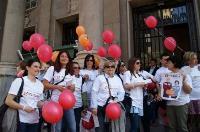 Suelta de globos por la X solidaria