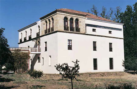 Edificio del Centro Superior de Educación Vial (Imagen de la web www.dgteducacionvial.es)