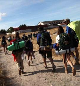Imagen de la Ruta Quetzal 2011-jóvenes caminando
