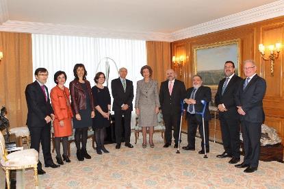 Una delegación del CERMI ha entregado el premio cermi.es extraordinario a la Reina Doña Sofía (Imagen © Casa de S.M. el Rey)