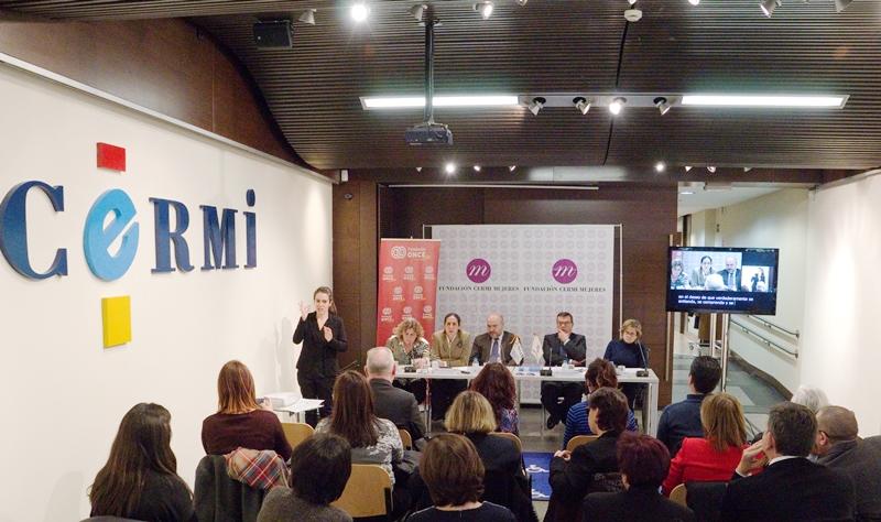 El CERMI y Fundación CERMI Mujeres advierten de la situación de profunda invisibilidad pública de la población femenina con discapacidad