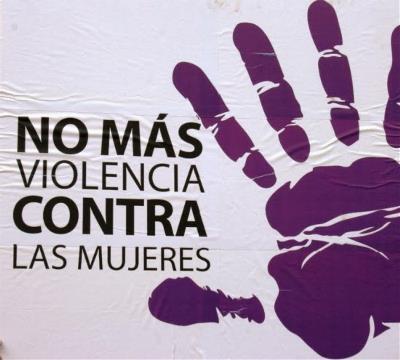 Imagen con el texto de 'No más violencia machista'