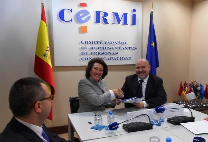 La Asociación Española Contra el Cáncer y el CERMI se unen en defensa de un espacio sociosanitario inclusivo