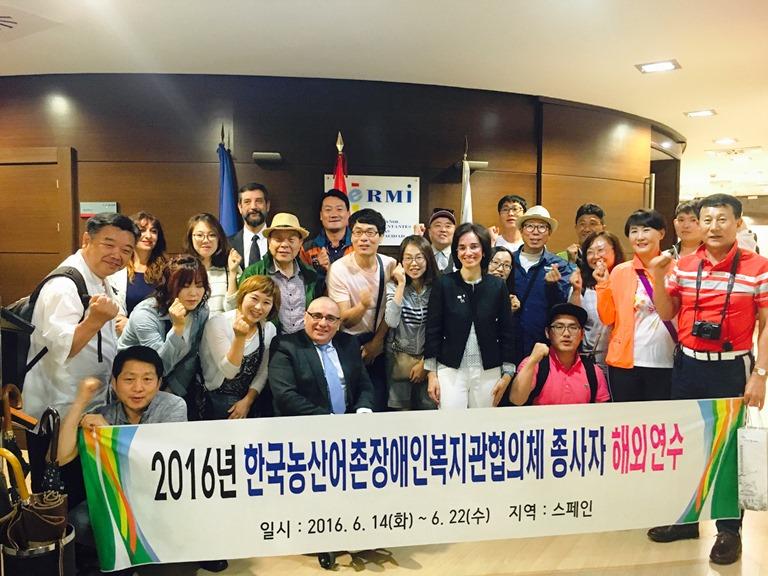 Una delegación oficial coreana analiza el modelo español de articulación social de la discapacidad