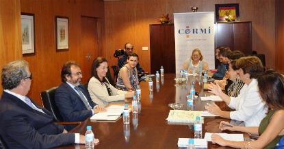 El consejero de Fomento e Infraestructuras de Murcia, Pedro Rivera, mantuvo un encuentro de trabajo con la presidenta del CERMI Región de Murcia, Pilar Morales, y miembros de la Junta directiva
