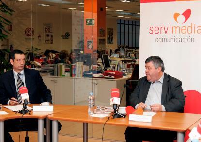 El gerente del CERMI Estatal, Luis Alonso y el comisionado de CERMIS autonómicos del CERMI Estatal, Miguel Paraíso