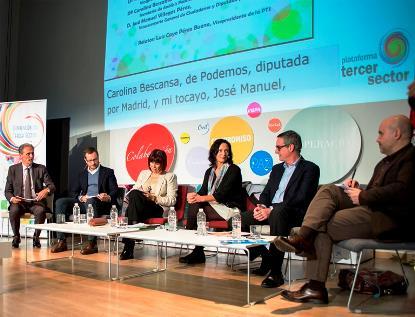 """Mesa coloquio """"El tercer sector como actor de interlocución social y política"""", desarrollada en el marco de la Convención del Tercer Sector"""