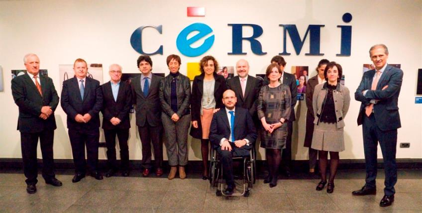 El CERMI con la nueva ministra de Sanidad, Servicios Sociales e Igualdad, Dolors Monserrat, y con el nuevo secretario de Estado de Servicios Sociales e Igualdad, Mario Garcés