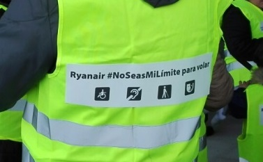 "Lema: ""Ryanair, no seas mi límite para volar"""