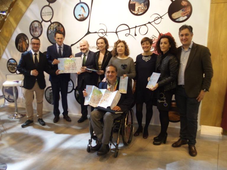Gamarra propone en FITUR a Logroño como una ciudad abierta que sea compartida por todas las personas
