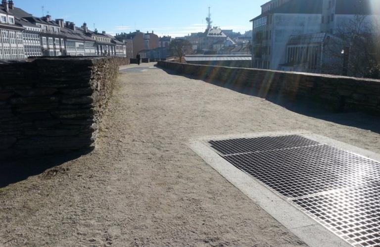 Detalle de la muralla accesible de Lugo