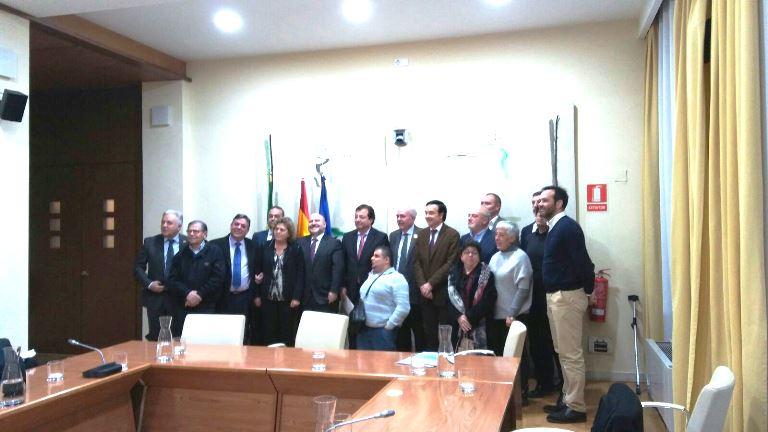 Vara se reúne con CERMI Estatal y CERMI Extremadura para abordar las prioridades de las personas con discapacidad en la Comunidad
