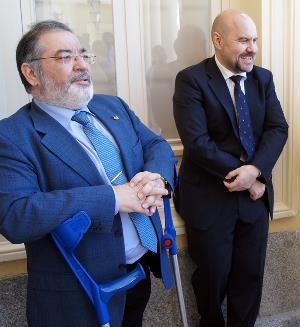 Mario García Sánchez, presidente del CERMI en  2002-2008, con Luis Cayo Pérez Bueno, actual presidente del CERMI