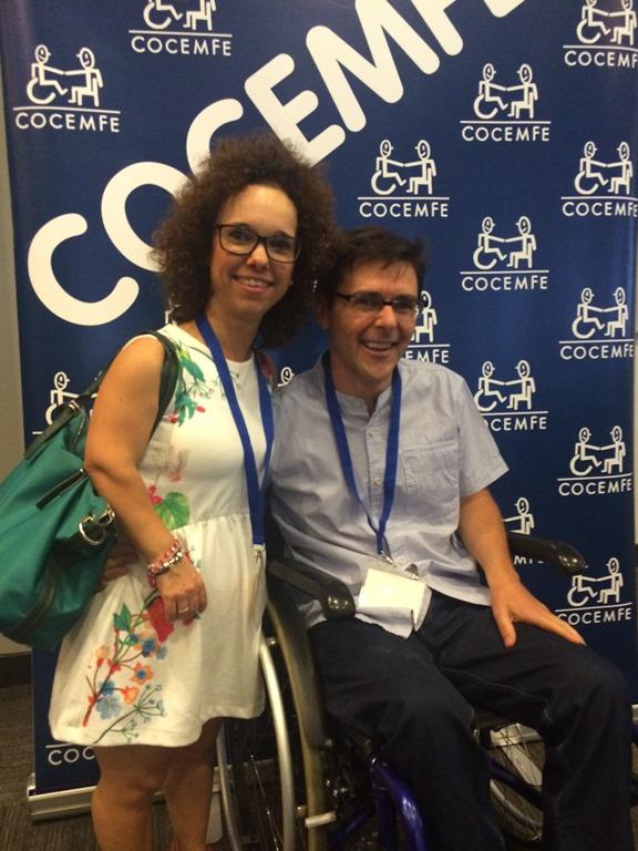 Marta Castillo, presidenta de Fegradi, junto a su pareja
