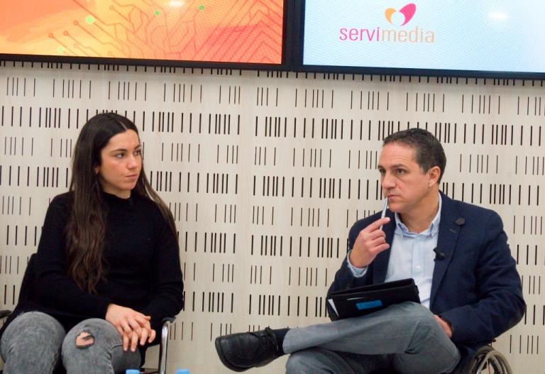 María Peña, directora de Comunicación de la Consejería de Políticas Sociales y Familia de la Comunidad de Madrid y Juan Antonio Ledesma, de la Comisión Social de la Discapacidad y Medios de Comunicaci