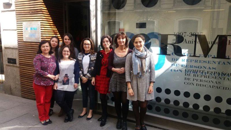 Las mujeres del CERMI y Fundación CERMI Mujeres en el paro del día Internacional de la Mujer