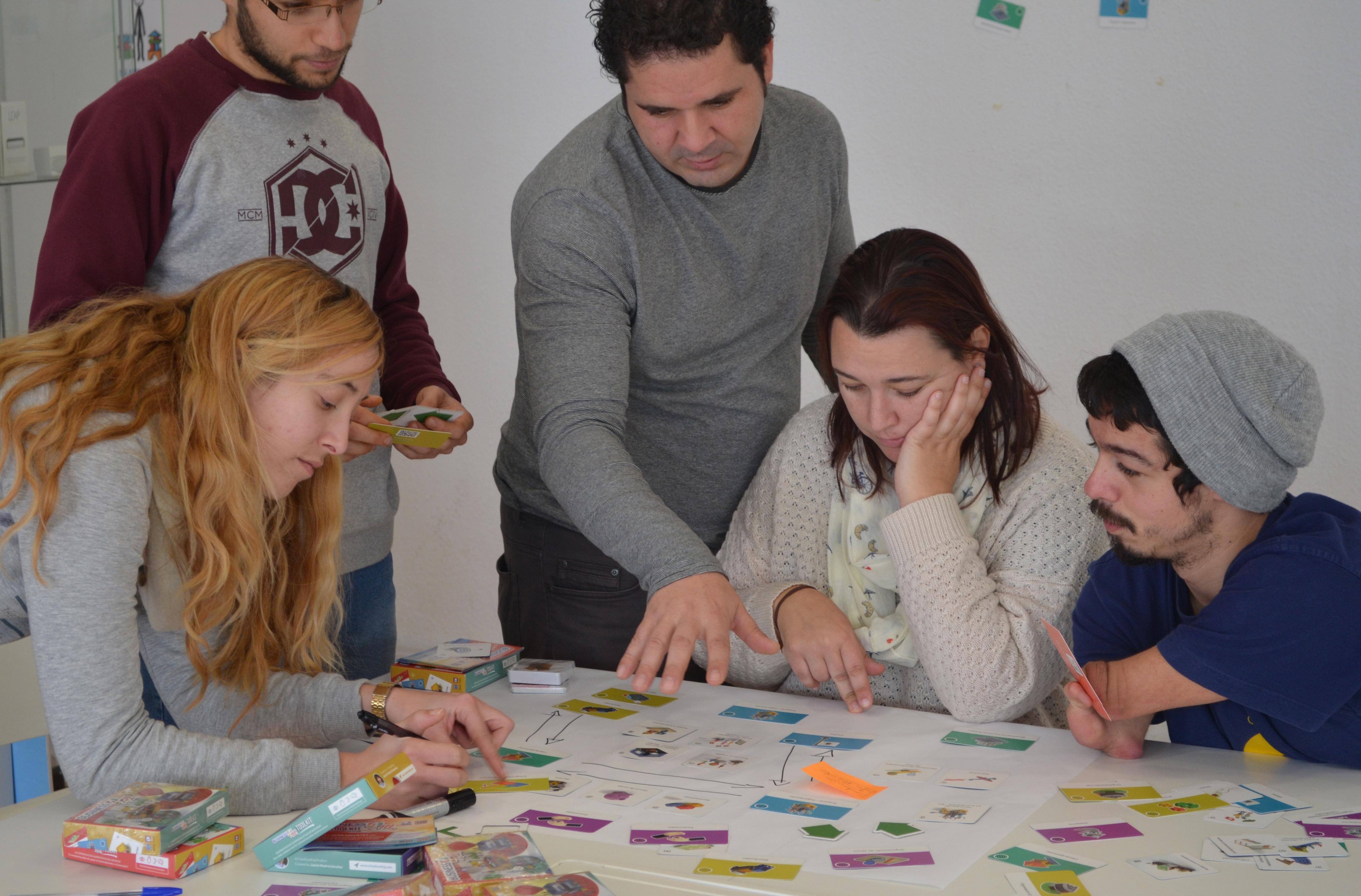 Utilizando BUSINESS4ALL: una nueva generación de herramientas de apoyo al emprendimiento y la innovación