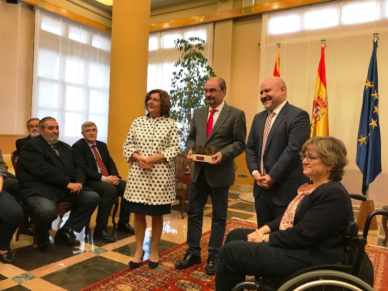 El CERMI entrega el 'Premio cermi.es 2016' en la categoría de Mejor Acción Autonómica y/o Local al Gobierno de Aragón