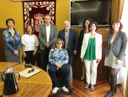 La Fundación CERMI Mujeres ha incorporado a su Patronato al expresidente del Gobierno José Luis Rodríguez Zapatero