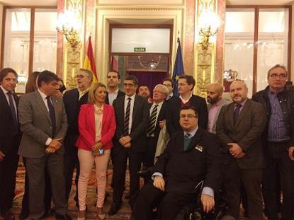 Imagen de FAAM mientras preparaba acciones concretas junto a la Mesa del Ferrocarril para demandar la accesibilidad del tren a Madrid