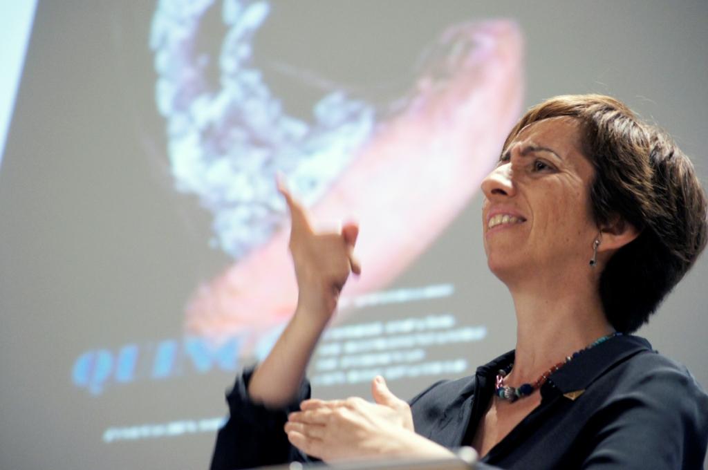 Concha Díaz, presidenta de la CNSE, durante su intervención en la conferencia
