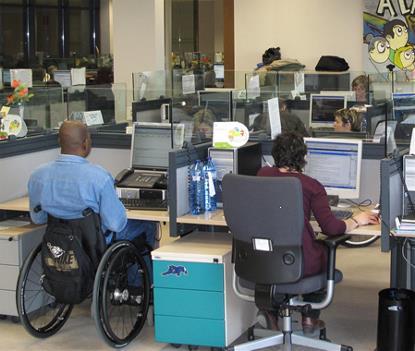 Personas con discapacidad en un CEE
