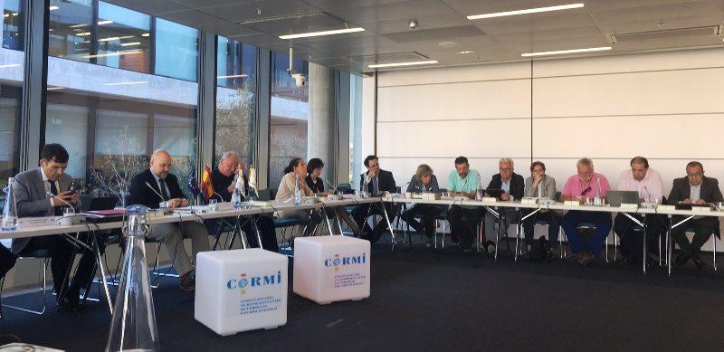 Comité ejecutivo del CermiEstatal en la Ciudad del BBVA debatiendo la situación de las personas con discapacidad