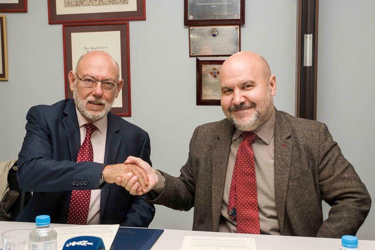 El fiscal general del Estado, José Manuel Maza Martín, y el presidente del CERMI, Luis Cayo Pérez Bueno