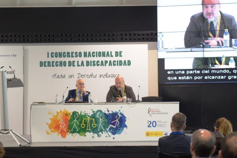 El presidente del CERMI, Luis Cayo Pérez Bueno, en su intervención en el I Congreso Nacional de Derecho de la Discapacidad