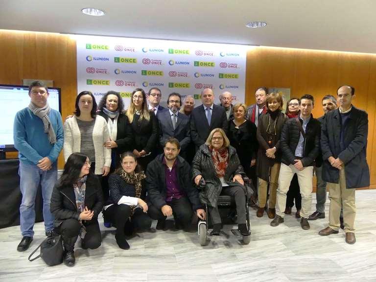 CERMI RM plantea sus demandas sobre accesibilidad universal al consejero de Presidencia y Fomento de la Región