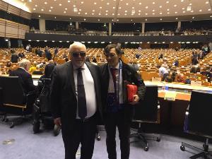 Yannis Vardakastanis, presidente del EDF, y Alberto Durán, secretario general del CERMI